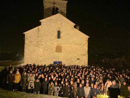 Молебан у Васојевићима, Црна Гора (манастир Ђурђеви Ступови код Берана)